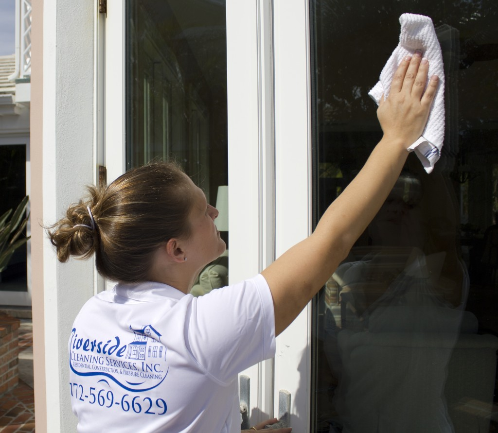 Riverside Cleaning Services Inc, cleans windows